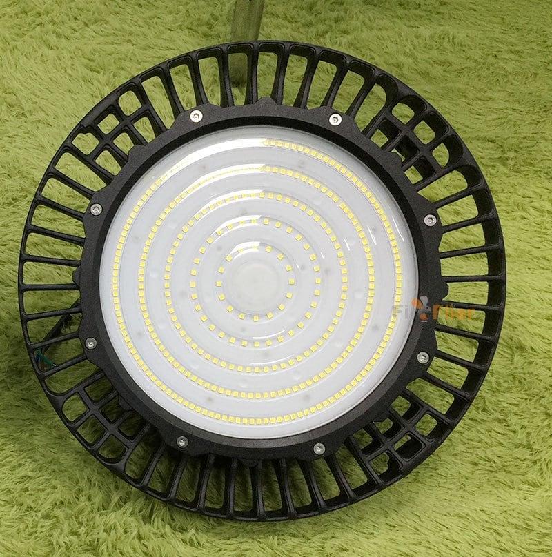 Éclairage haute baie à LED Ripple UFO 200W