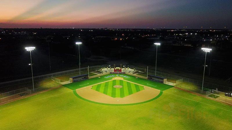 Iluminación LED para campos de fútbol