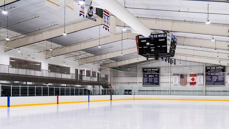 LED High bay light for ice hockey