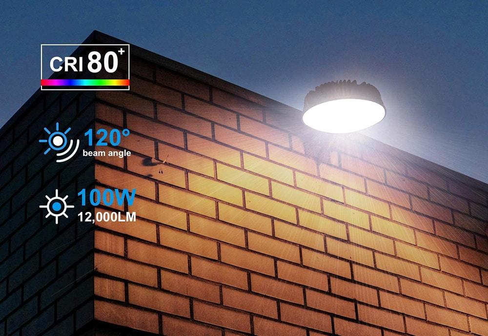 Lumière de grange à LED du crépuscule à l'aube