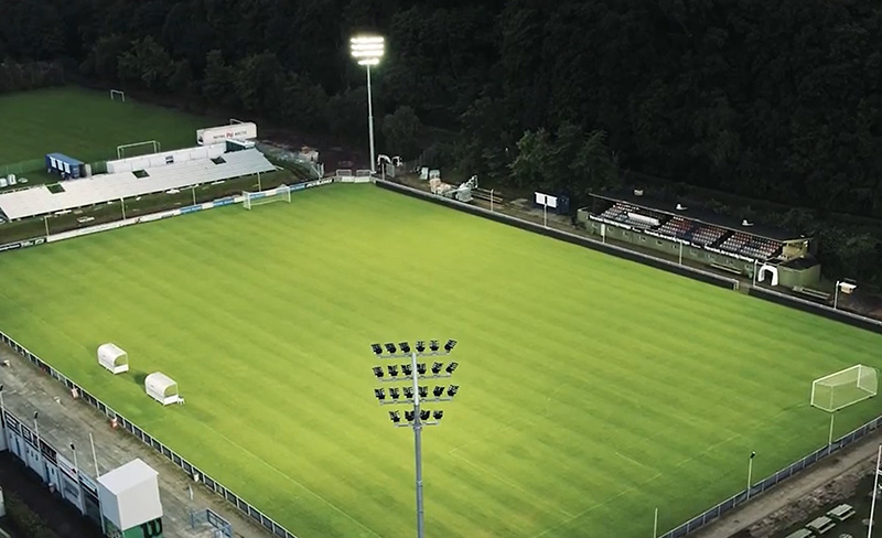 éclairage du stade de terrain de football